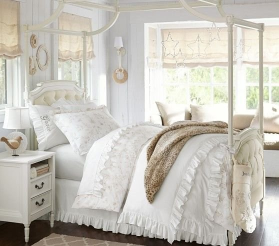 Best Blythe Tufted Canopy Bed Pottery Barn Kids Kids Room With Pictures
