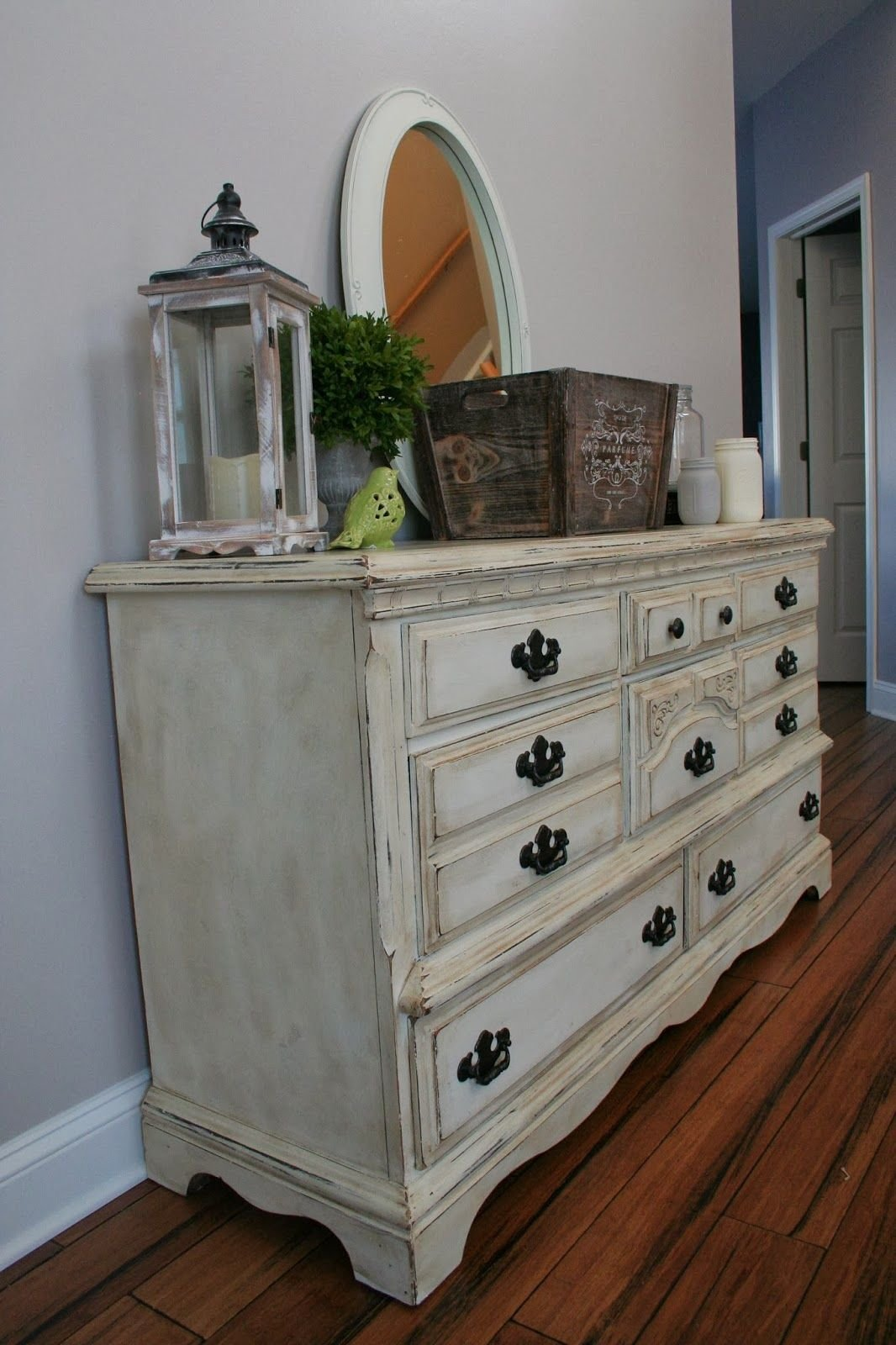 Best Annie Sloan Chalk Paint In Old White With Heavy With Pictures
