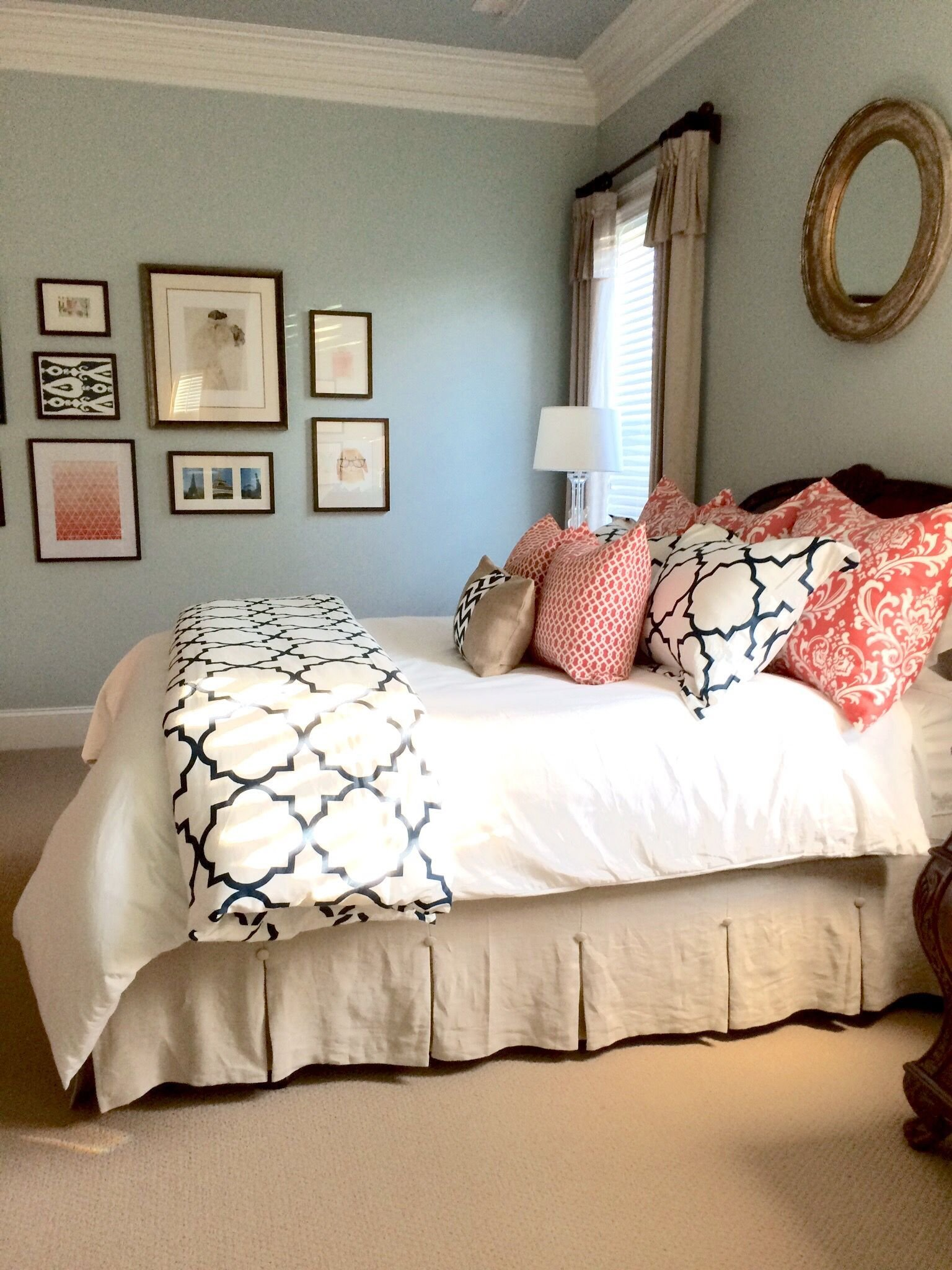Best Completed Linen Navy And Coral Bedroom To See More Rooms With Pictures