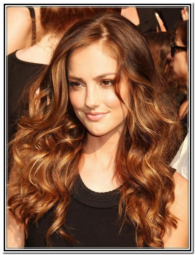 Free Light Chocolate Brown Hair Color With Caramel Highlights Wallpaper