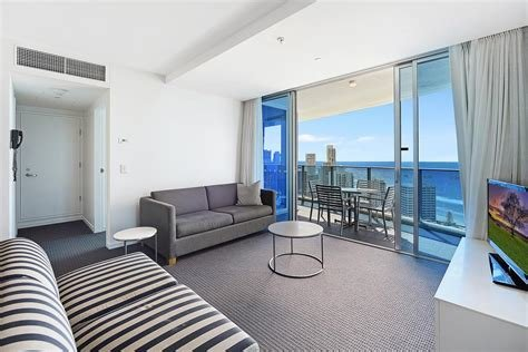 Best Ocean View Luxury 2 Bedroom Apartment Gold Coast With Pictures