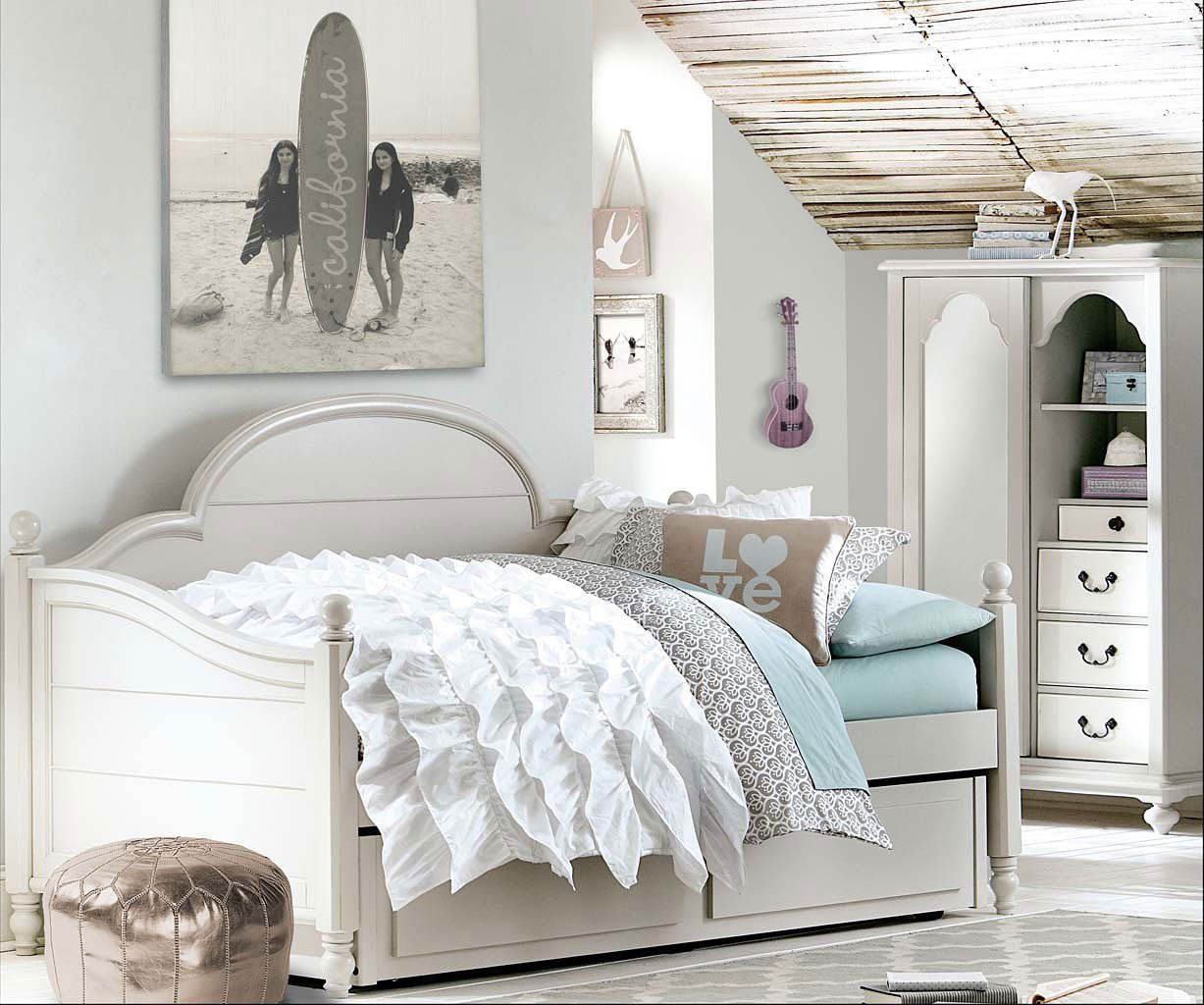 Best Inspirations Westport Panel Daybed Bedroom Set Mist Gray With Pictures