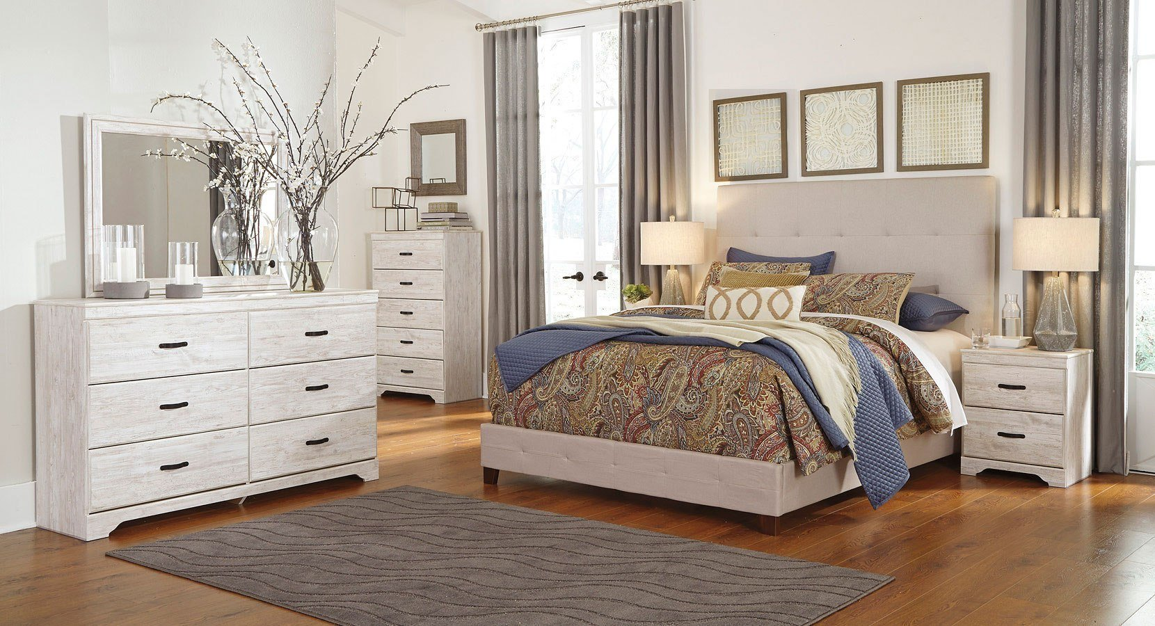 Best Briartown Bedroom Set W Cream Upholstered Bed Signature With Pictures