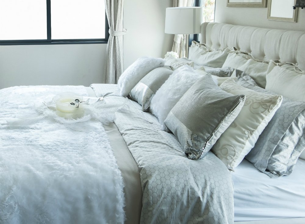 Best Bedroom Essentials 11 Items To Lose For A Good Night S With Pictures