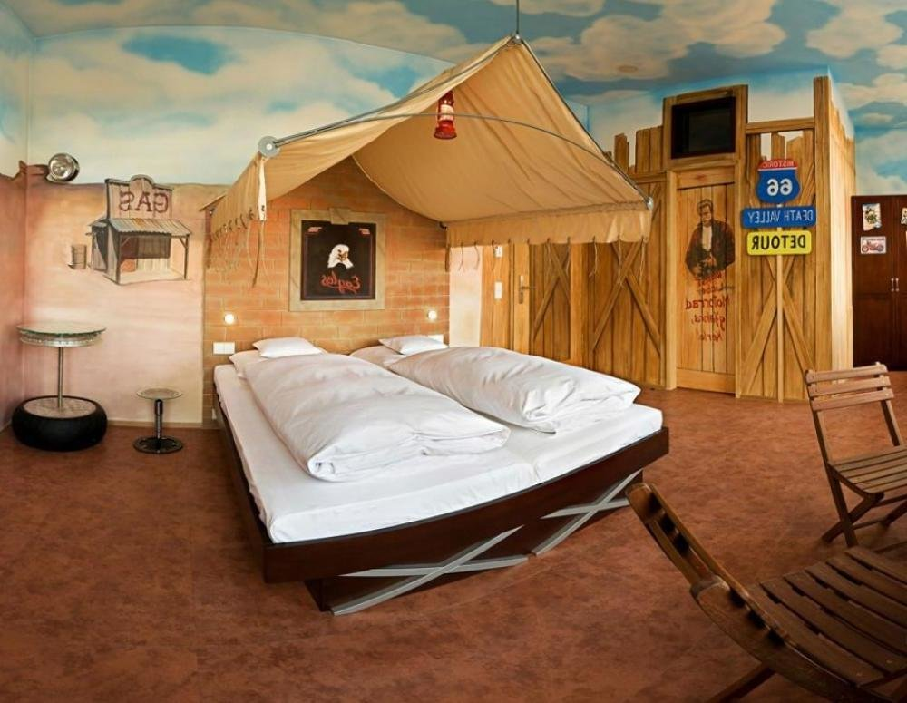 Best 7 Themed Bedroom Ideas For Out Of This World Bedrooms Kaodim With Pictures