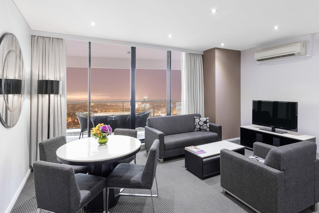 Best Kent Street Sydney Suites Meriton Suites With Pictures