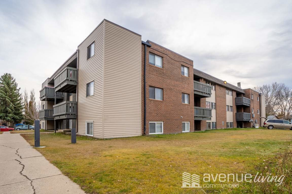 Best 3 Bedrooms Saskatoon Apartment For Rent Ad Id Avl 241644 Rentboard Ca With Pictures