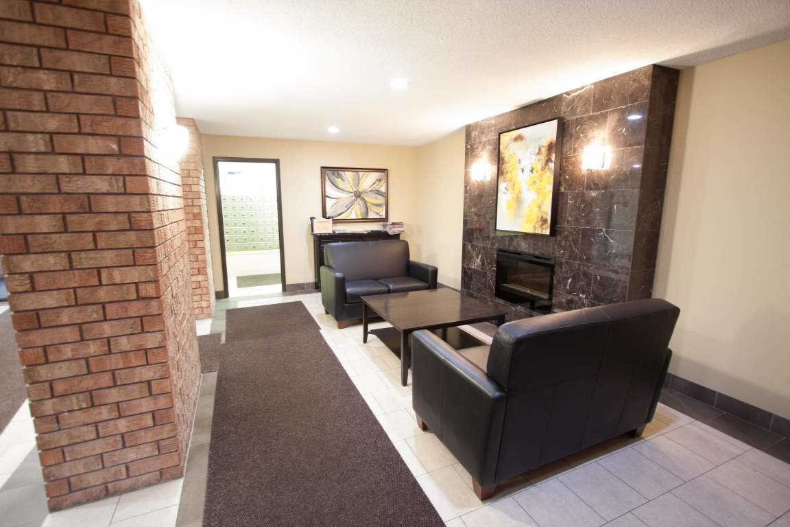 Best Windermere Place Ii Apartment Close To Western University Drewlo Holdings With Pictures