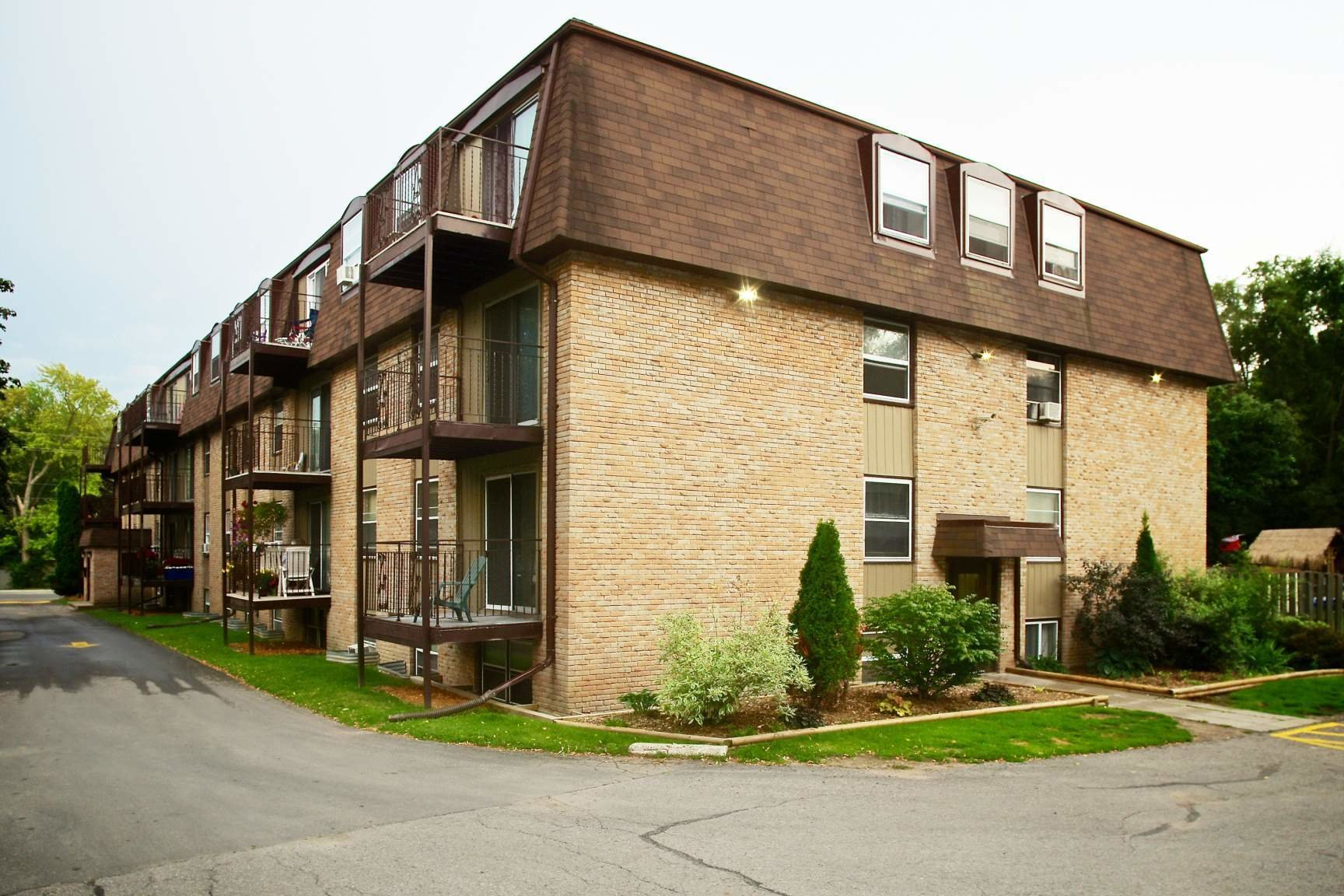 Best 414 Dundas St West Belleville On Apartments For Rent Listing Id 663938 With Pictures