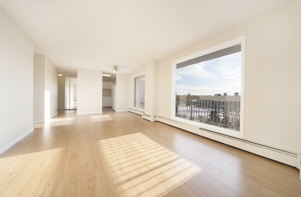 Best 2 Bedrooms Edmonton Downtown Apartment For Rent Ad Id Mpm 10783 Rentboard Ca With Pictures
