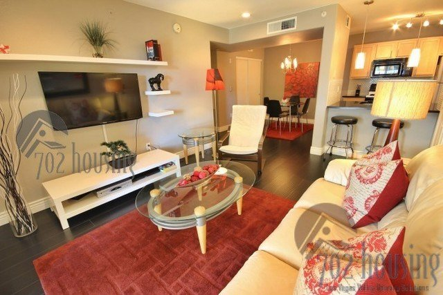 Best 950 Seven Hills Dr Henderson Nv 89052 1 Bedroom Apartment For Rent Padmapper With Pictures