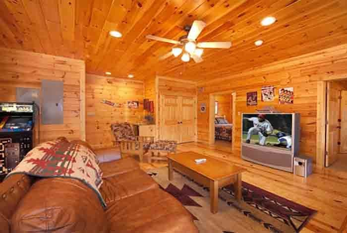 Best Gatlinburg Cabin Eight Is Enough 8 Bedroom Sleeps 24 With Pictures