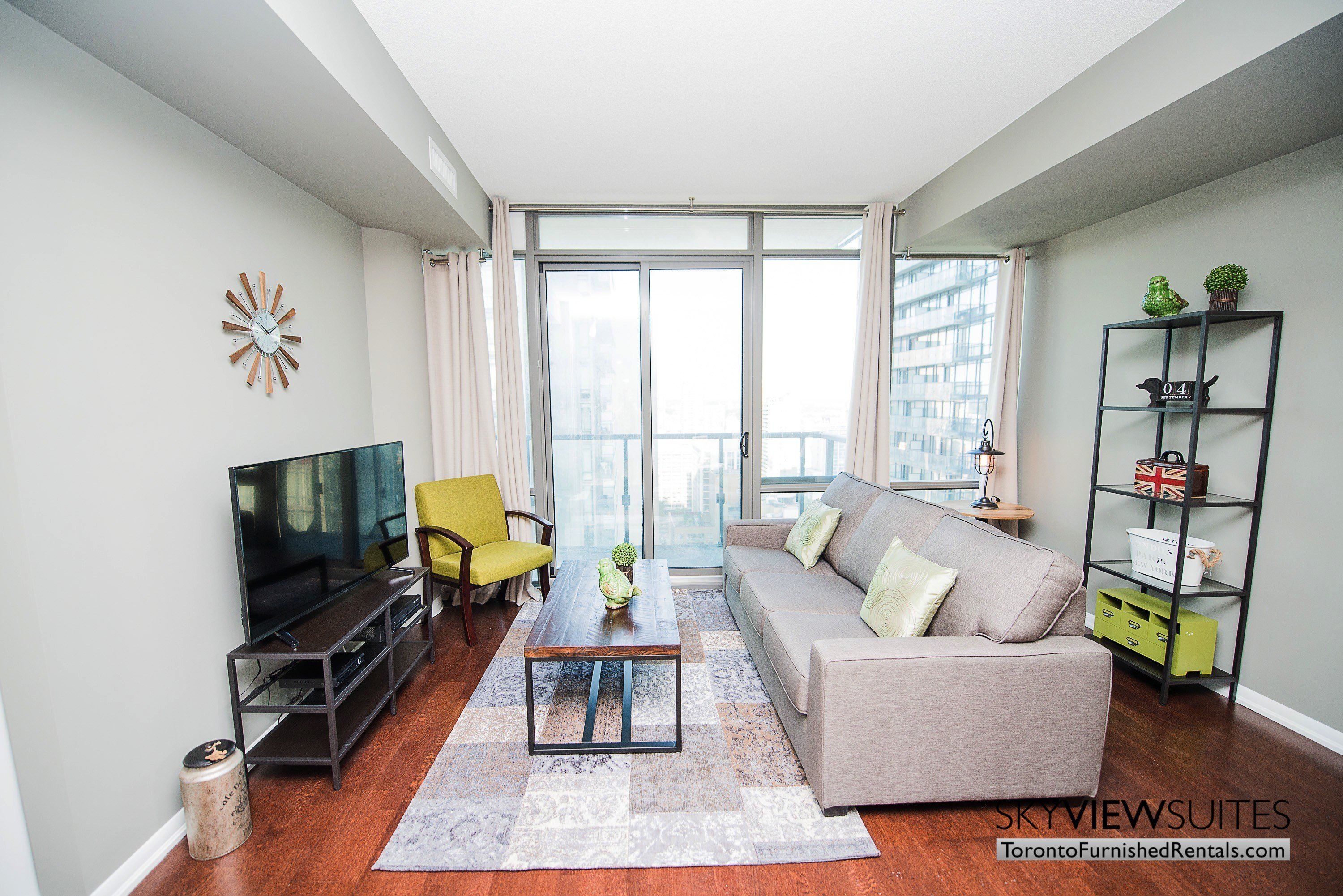 Best 1 Bedroom Plus Den Apartment Downtown Toronto Www With Pictures