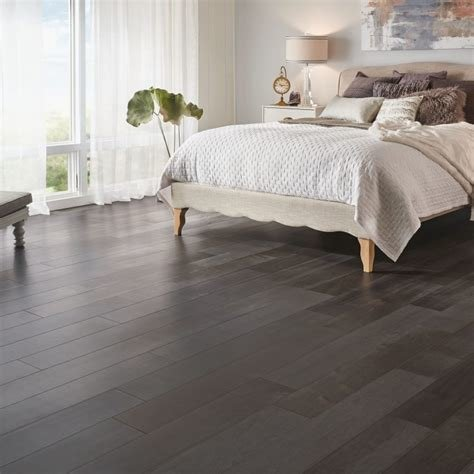 Best Bedroom Flooring Guide Armstrong Flooring Residential With Pictures