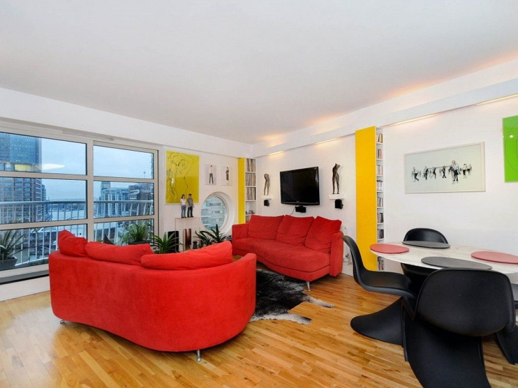 Best Buy A 2 Bedroom Flat In Cascades Tower Westferry Road E14 London With Pictures