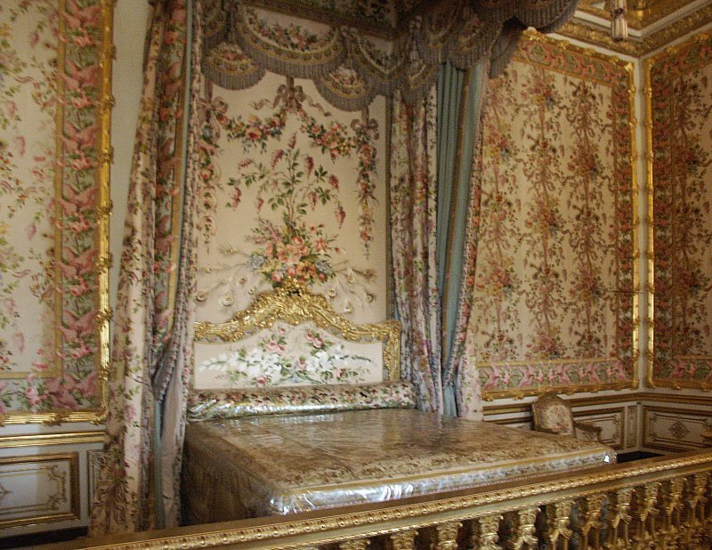 Best Images Of King And Queen S Bedrooms Palace Of Versailles With Pictures