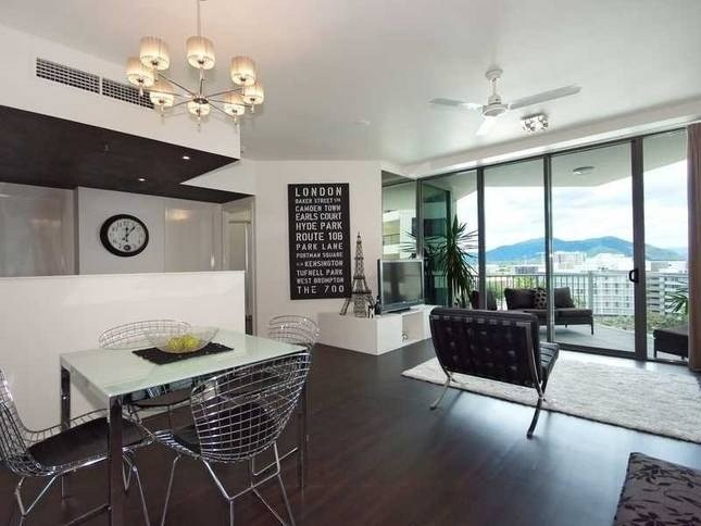 Best 2 Bedroom Apartment At Trilogy On The Esplanade Cairns With Pictures