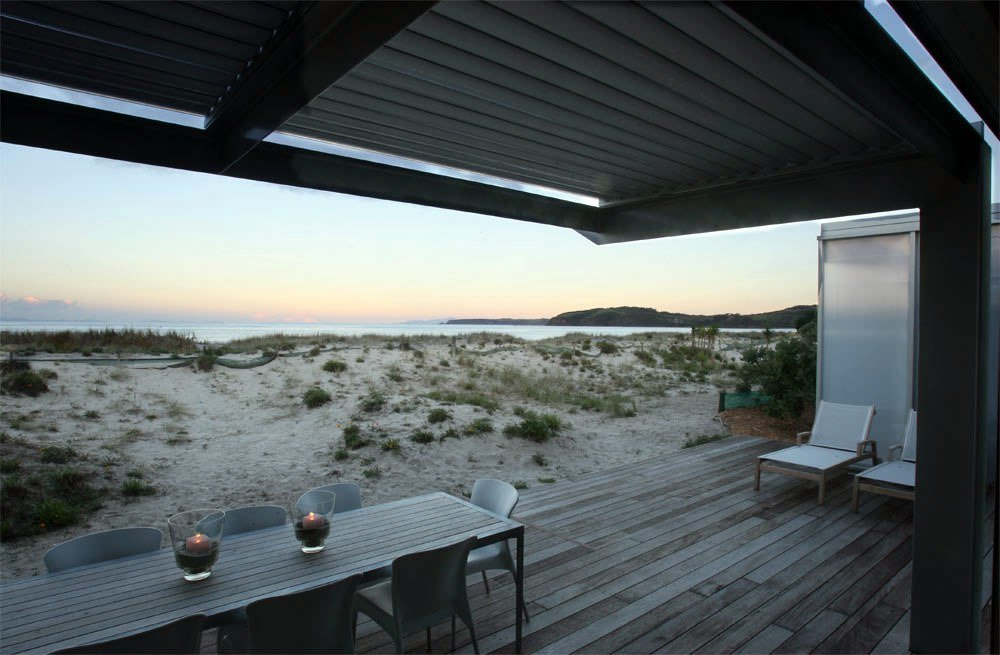 Best Beach House Made Of Contrast Materials And Surrounded By With Pictures