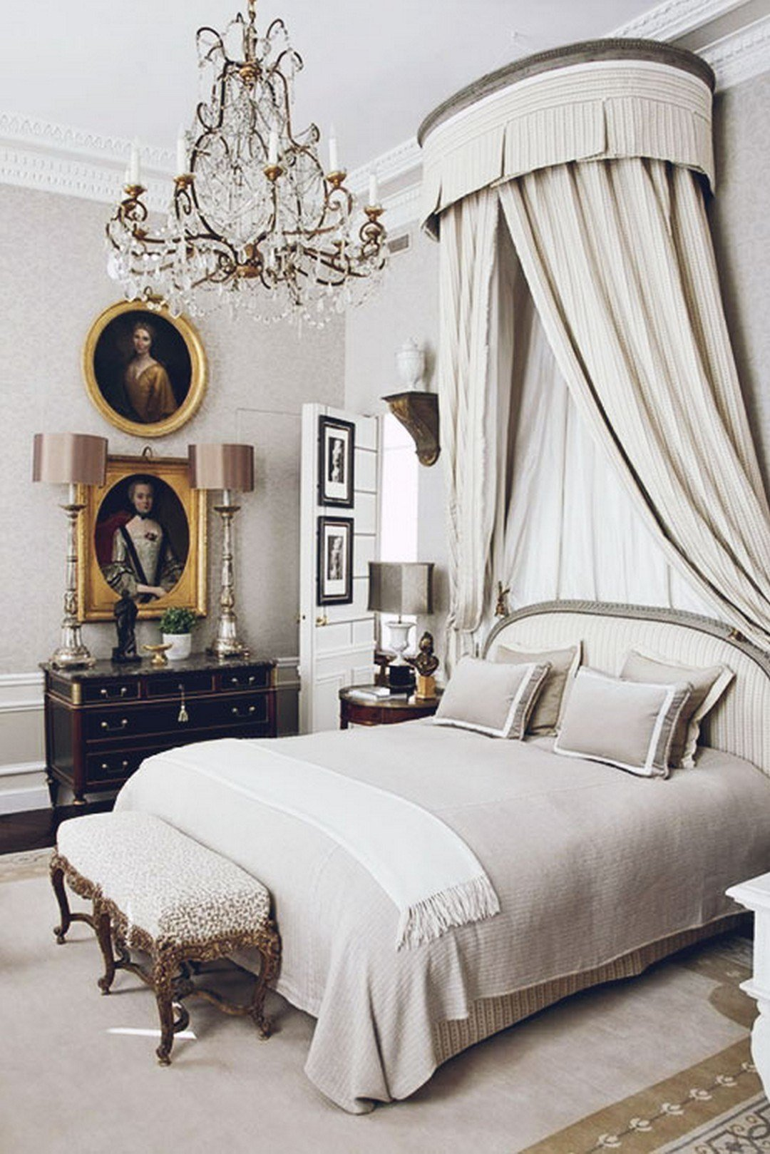 Best 29 Luxurious Parisian Style Home Decor The Master Of Harmonious Living Goodnewsarchitecture With Pictures