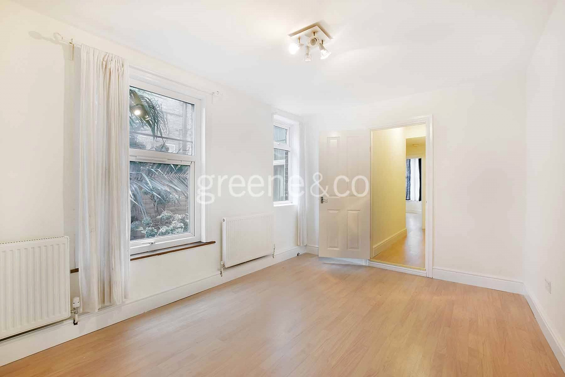 Best 2 Bedroom Apartment To Rent In Maygrove Road West With Pictures