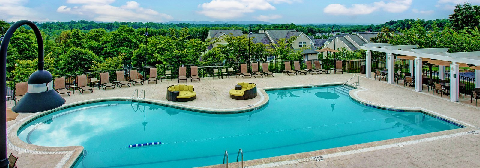Best Apartments For Rent In Rockland County Ny The Peaks Of Nanuet With Pictures