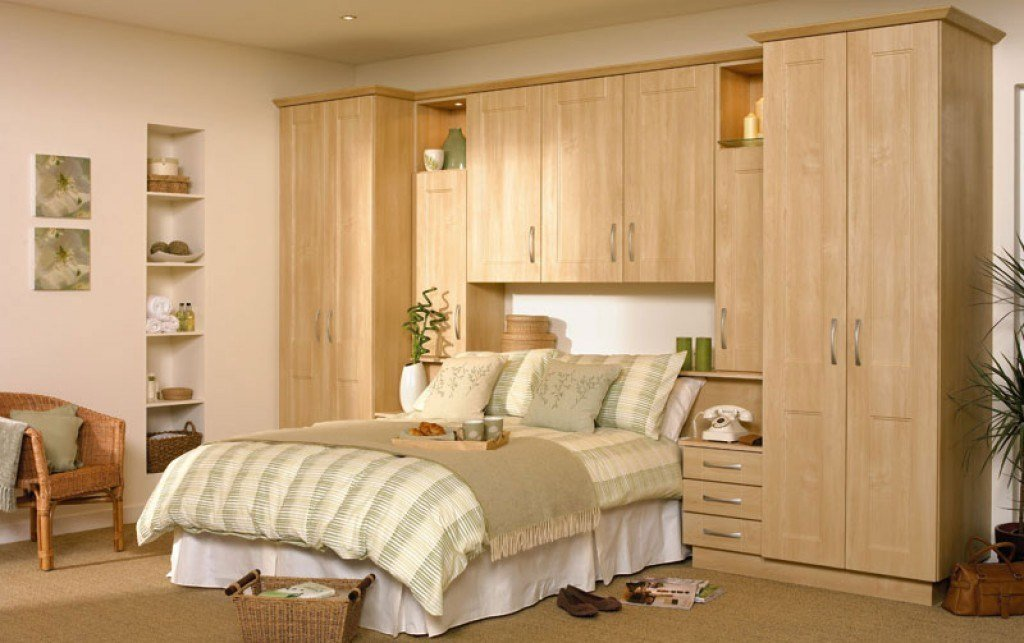 Best Fitted Bedroom Furniture And Hinged Wardrobes From A Uk With Pictures