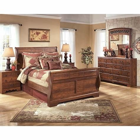 Best Rent An Ashley Timberline 7 Piece Queen Bedroom Set With Pictures