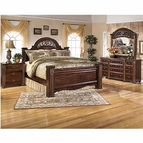 Best Ashley Gabriela 6 Piece Queen Bedroom Set With Pictures