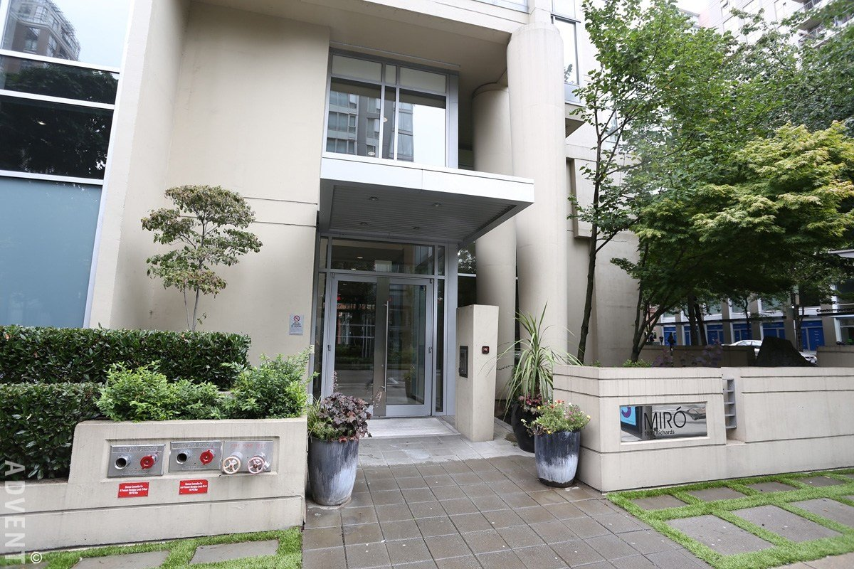 Best Miro 2 Bedroom Apartment Rental Downtown Vancouver Advent With Pictures