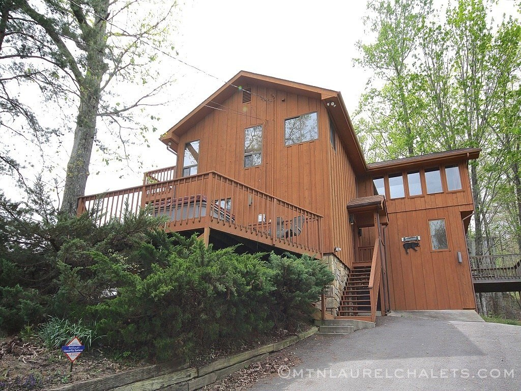 Best A Bearvue A 4 Bedroom Cabin In Gatlinburg Tennessee With Pictures