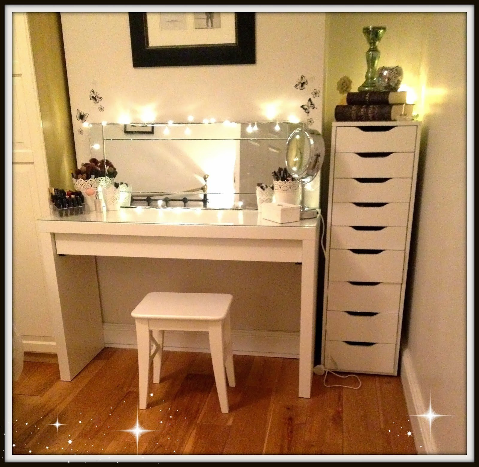 Best Ikea Diy Vanity Mirror With Lights Ikea Makeup Vanity Set With Pictures