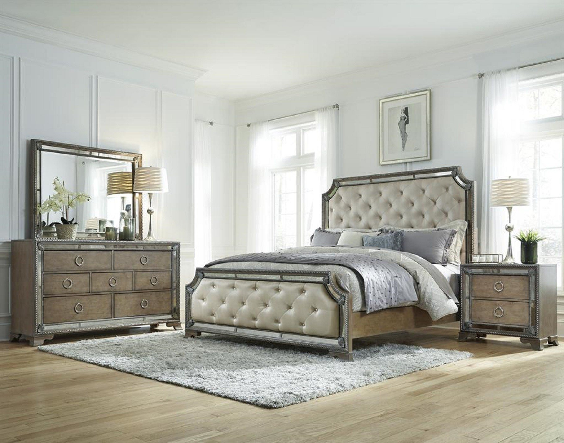 Best Bedroom Sets With Mirror Headboard Pulaski Furniture With Pictures