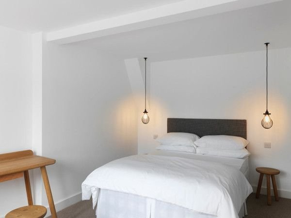 Best 30 Outstanding Hanging Bedside Lights Ideas With Pictures