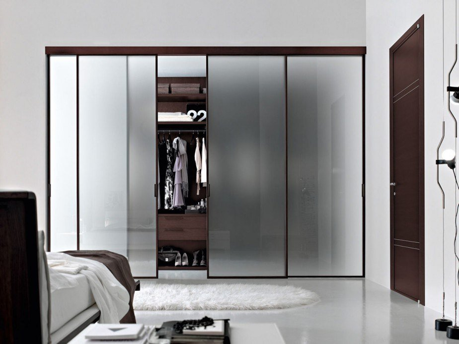 Best 15 Modern Closet Designs For Elegant Ambience With Pictures