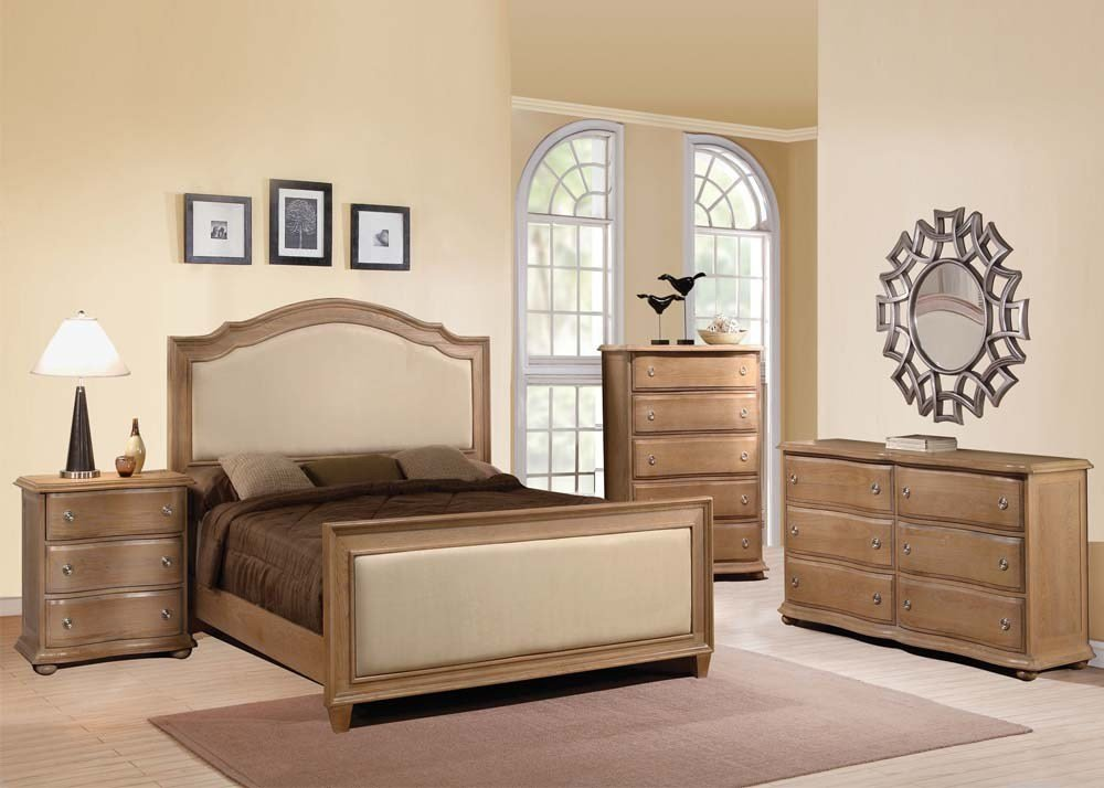 Best Acme Furniture Aria 4 Piece Upholstered Panel Bedroom Set With Pictures