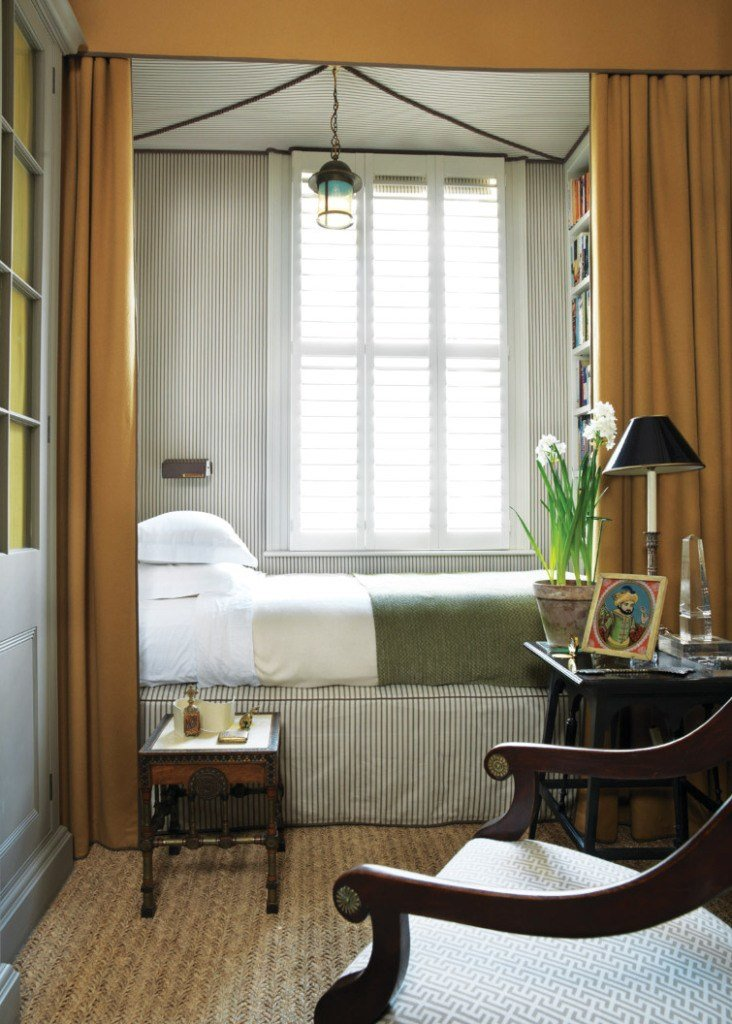 Best Narrow Bedroom Decorating Ideas Apartment Therapy With Pictures