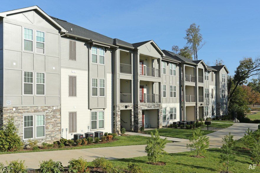 Best 1 Bedroom Apartment Louisville Ky Furnished Two Bedroom Apartment Waterfront Living At Galt With Pictures