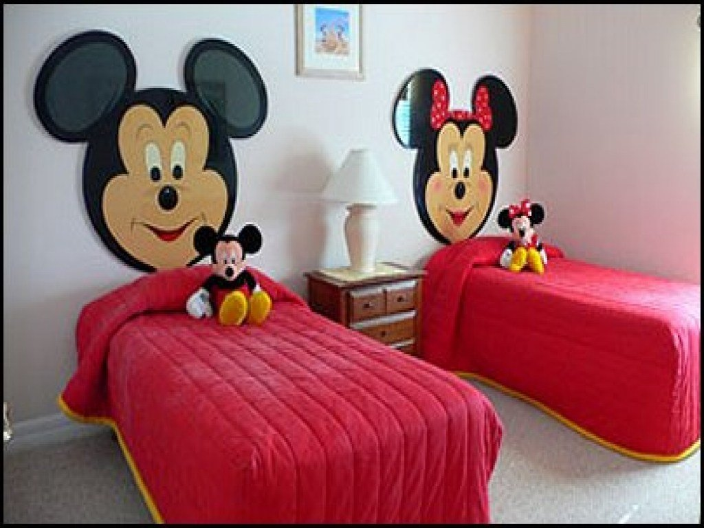 Best Cheap Bedroom Decorating Ideas Mickey And Minnie Mouse With Pictures