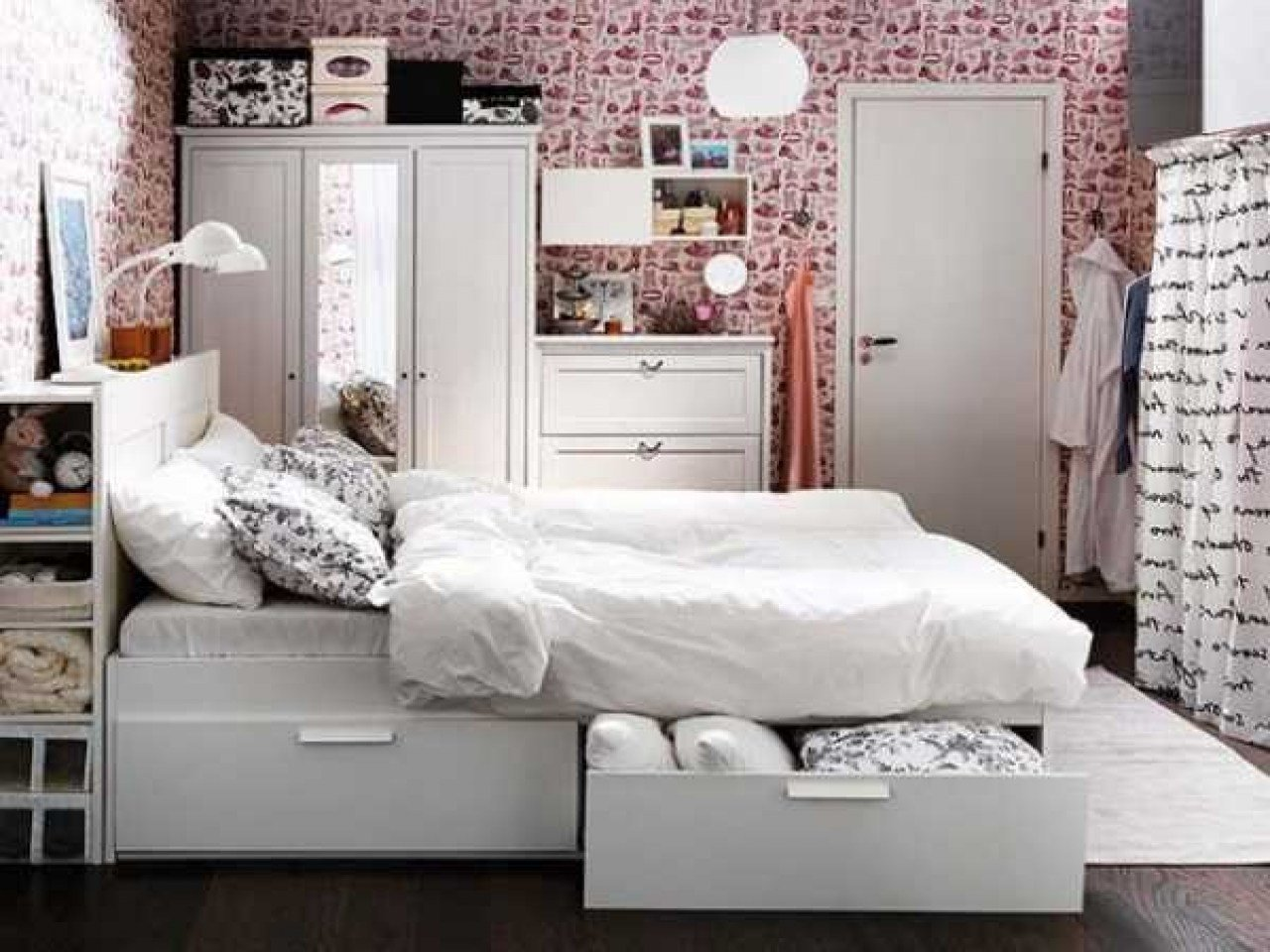 Best Bedroom Storage Ideas For Small Spaces Space Saving Bedroom Ideas Space Saving Storage Ideas With Pictures