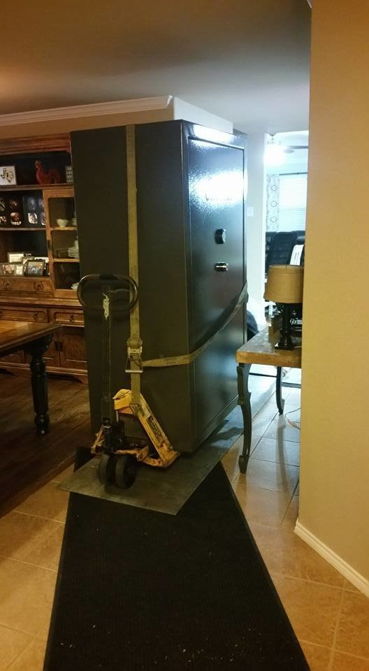 Best Moving A Cabela S Gun Safe From A Cramped Bedroom To The Garage Tarrant County Lock Safe With Pictures