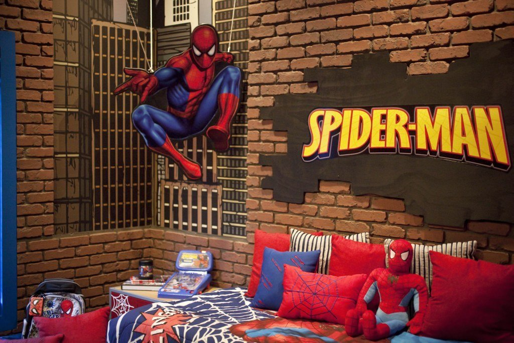 Best The Amazing Spiderman Bedroom Creative Faux Panels With Pictures