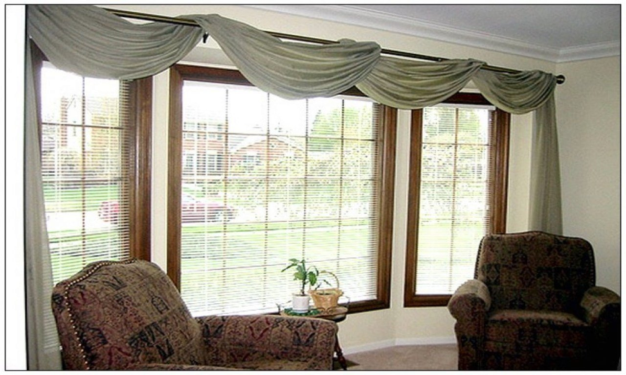 Best Window Treatment Ideas For Large Windows Living Room Bay With Pictures