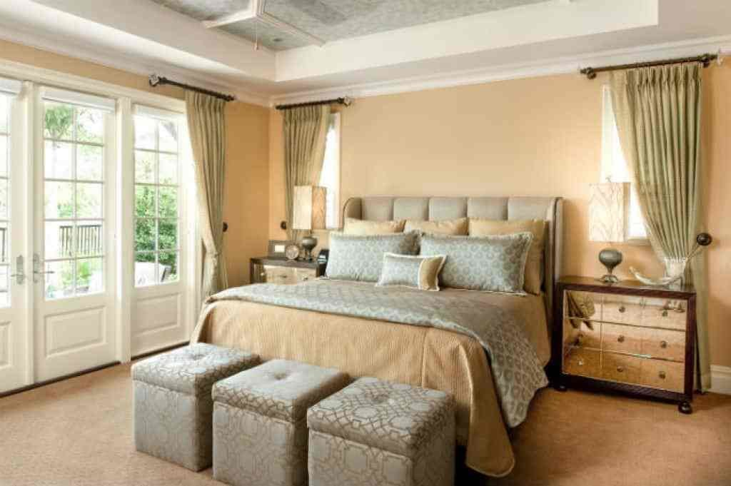 Best Bedroom With Mismatched Furniture And Using Long Curtains With Pictures
