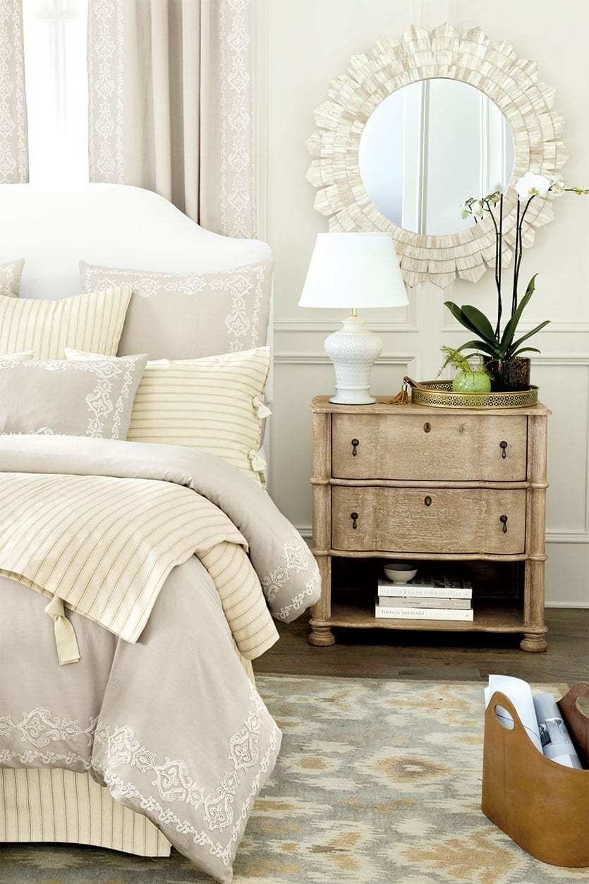 Best 15 Anything But Boring Neutral Bedrooms How To Decorate With Pictures