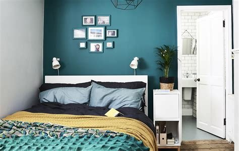 Best A Stylist's Ideas For A Small Space Bedroom Makeover With Pictures