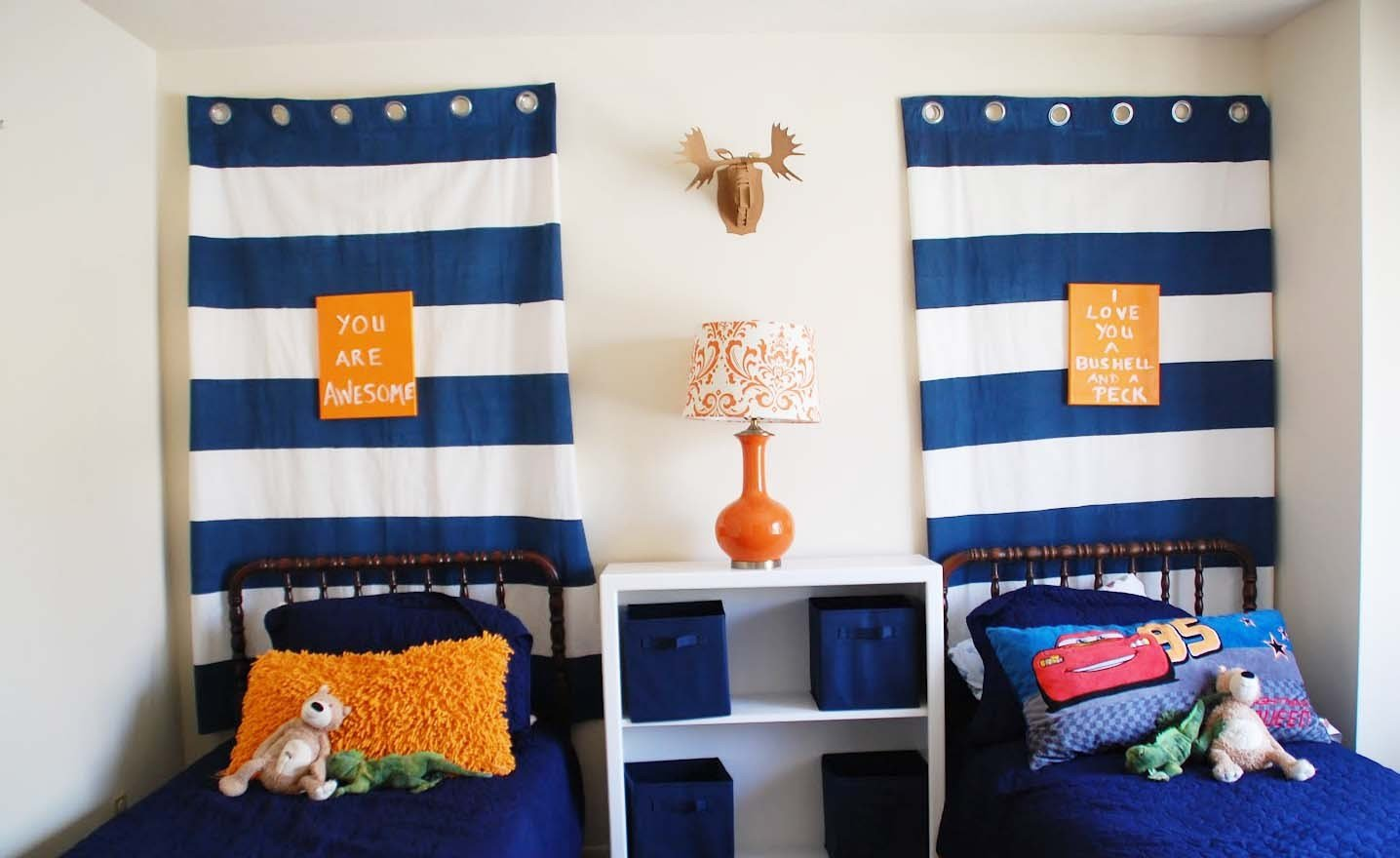 Best Curtains That Will Suit Your Kid's Bedroom – Interior Designing Ideas With Pictures