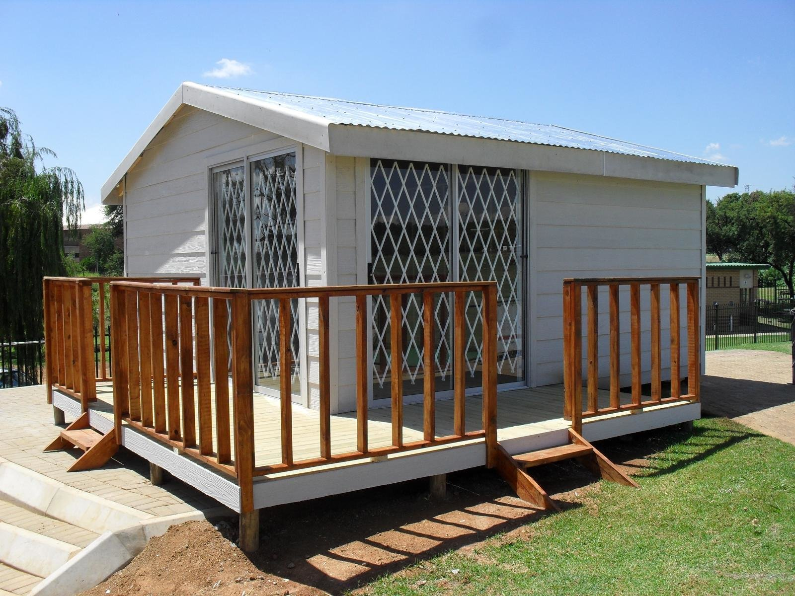 Best How To Build A Wendy House Junk Mail Blog With Pictures