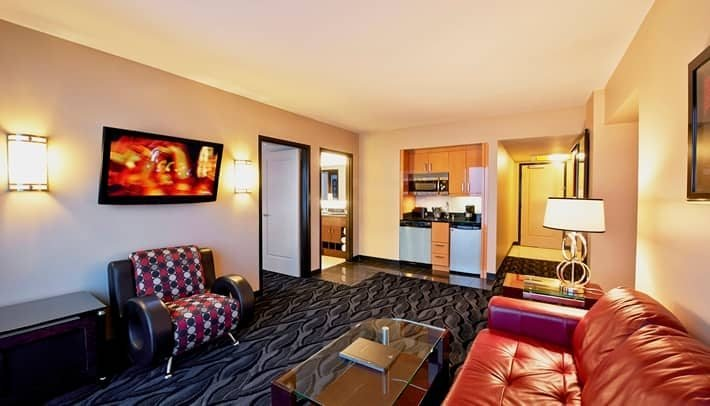 Best Las Vegas Hotel Rooms Suites Elara By Hilton Grand Vacations – Center Str*P With Pictures