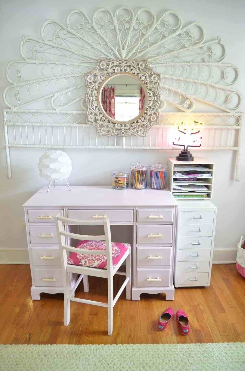 Best Refinished Desk For A Little Girls Room At Charlotte S House With Pictures