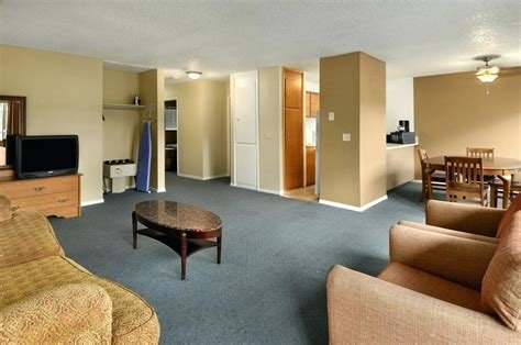 Best 2 Bedroom Hotel Suites In Seattle Www Resnooze Com With Pictures